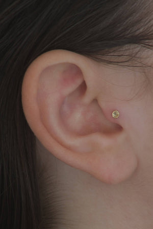 Tiny Tragus Earring Gold - Joe | Studio Meme