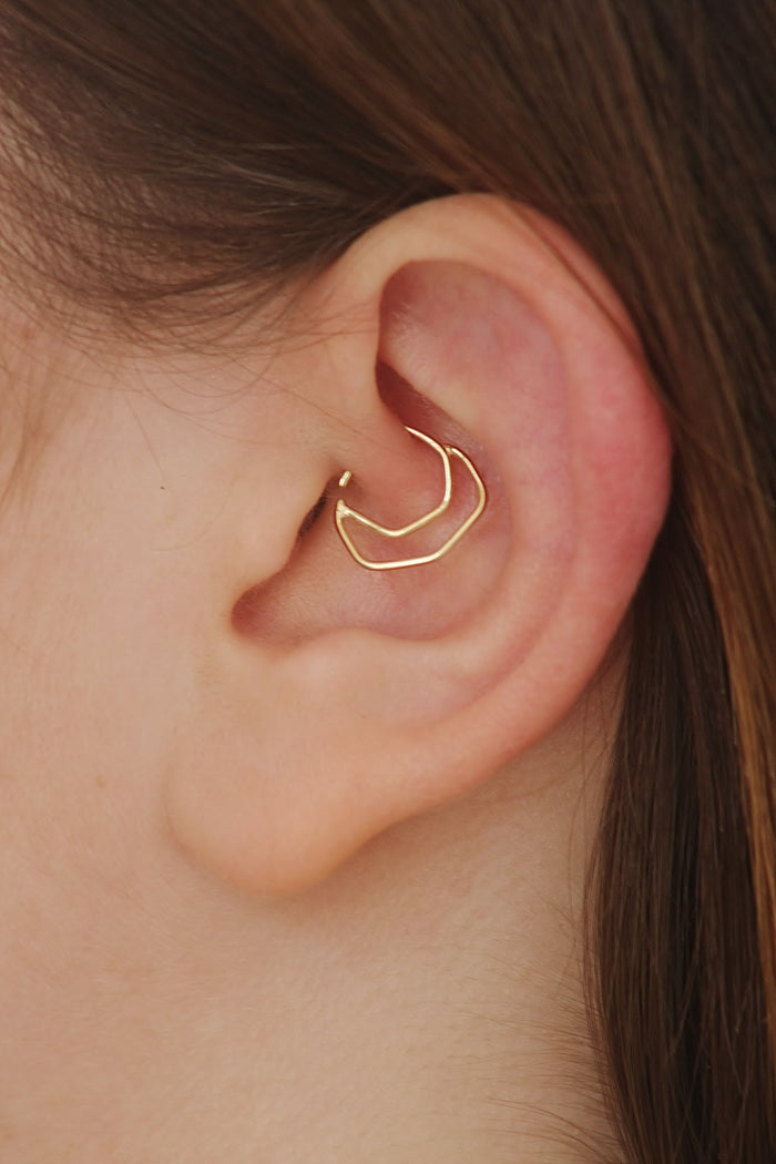 14k Solid Gold Geometric Daith Ear Jewelry - Charlotte
