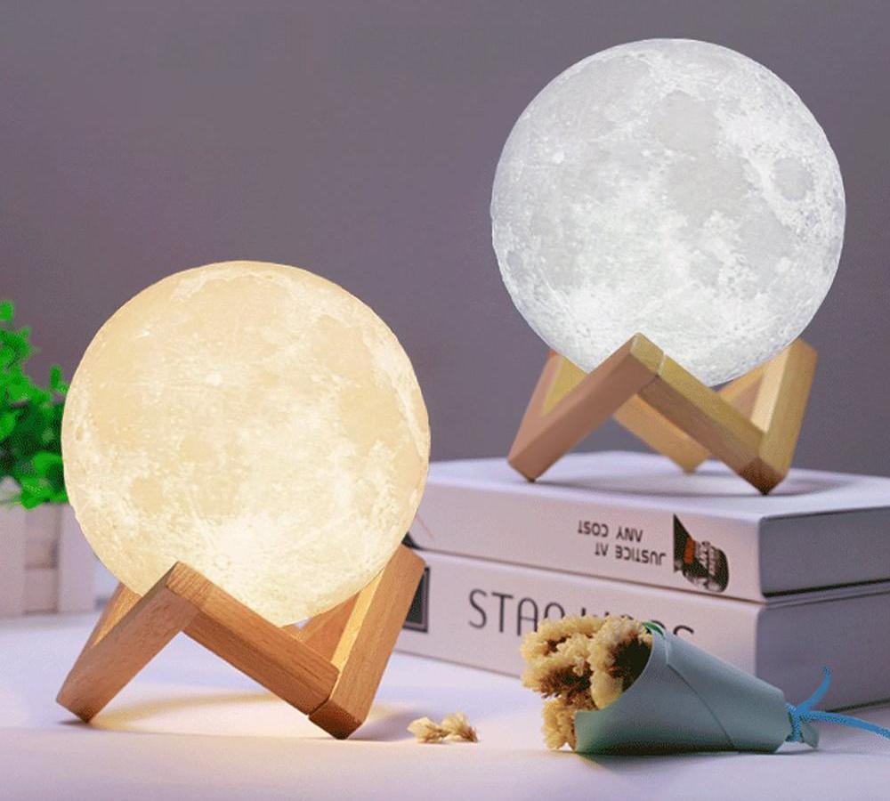 Rechargeable 3D Moon Lamp - Royal Loot