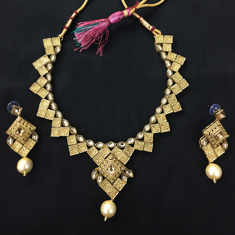 Exclusive Kundan Gold Jewelry Set - HVIJS0052