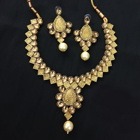 Exclusive Kundan Gold Jewelry Set - HVIJS0053
