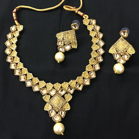 Exclusive Kundan Gold Jewelry Set - HVIJS0058