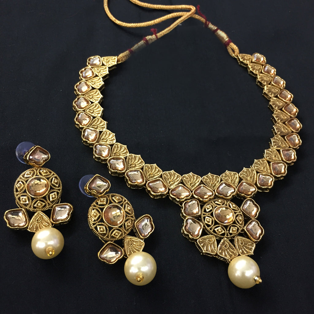 Exclusive Kundan Gold Jewelry Set - HVIJS0060