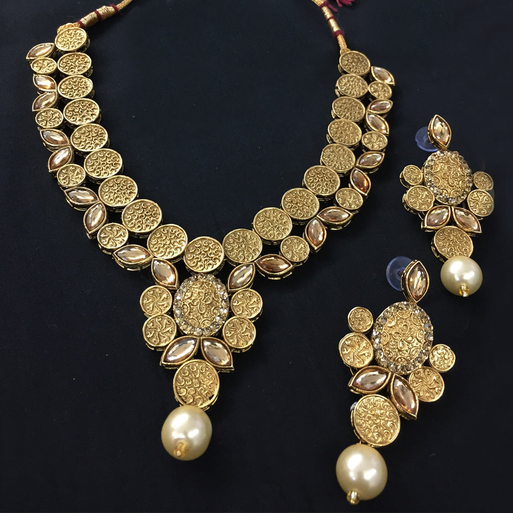 Exclusive Kundan Gold Jewelry Set - HVIJS0061