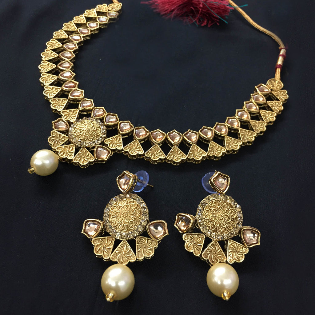 Exclusive Kundan Gold Jewelry Set - HVIJS0063
