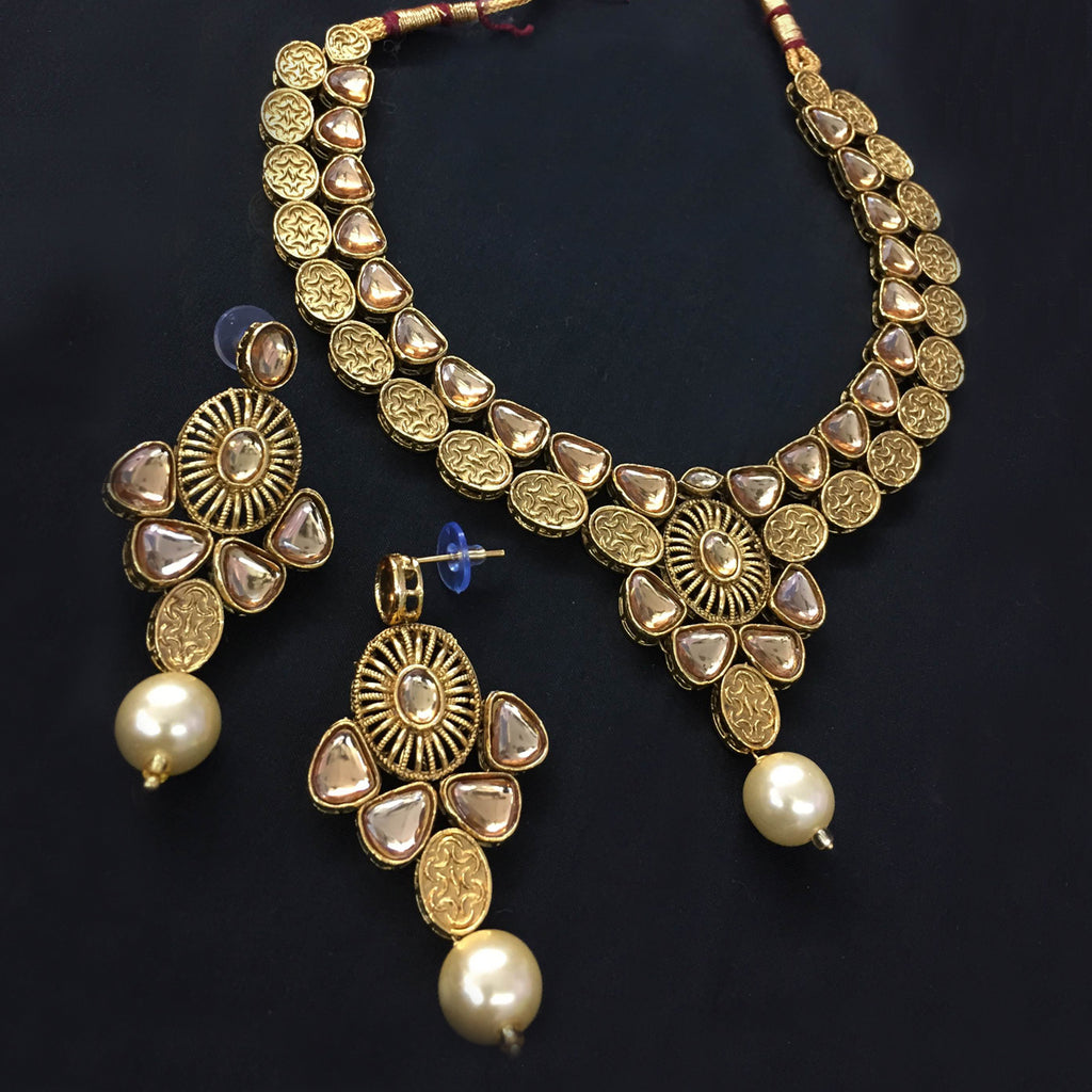 Exclusive Kundan Gold Jewelry Set - HVIJS0064