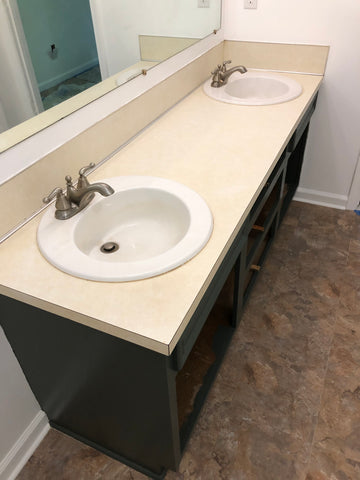 Master bathroom laminate counter top remodel