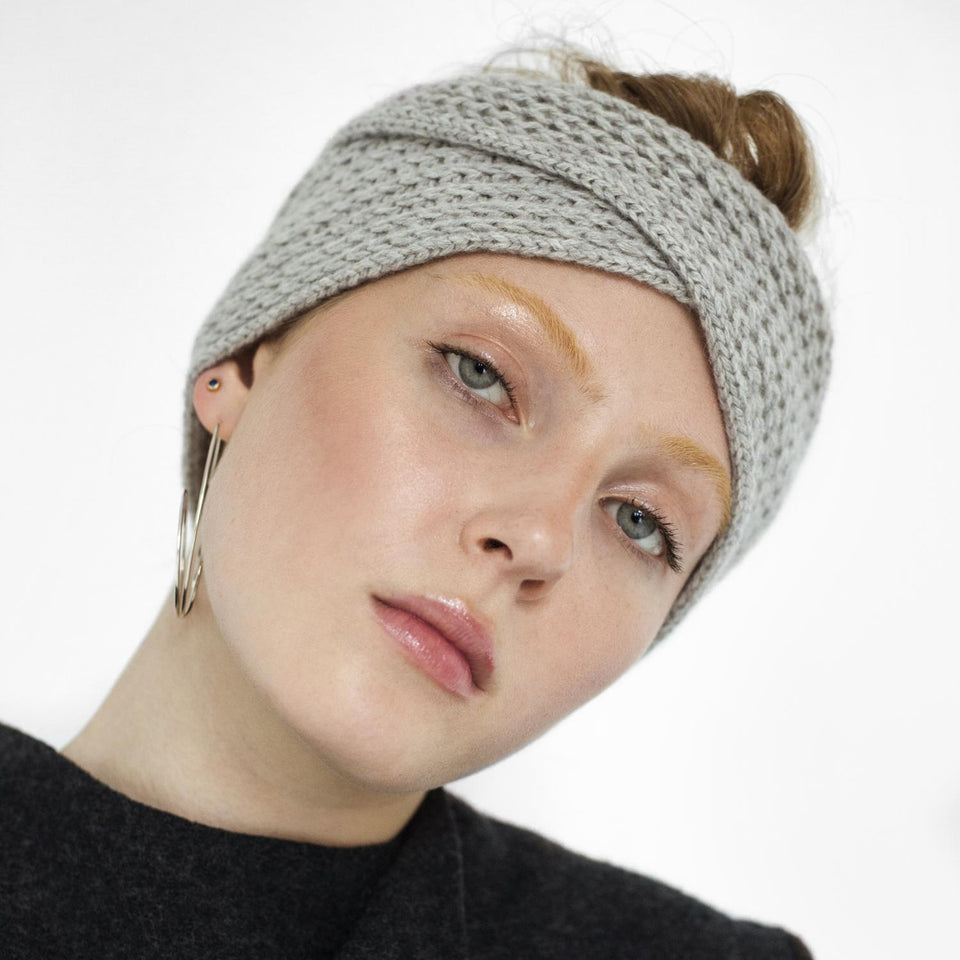 cozy headband made of cashmere by Natascha von Hirschhausen fashion design made in Berlin