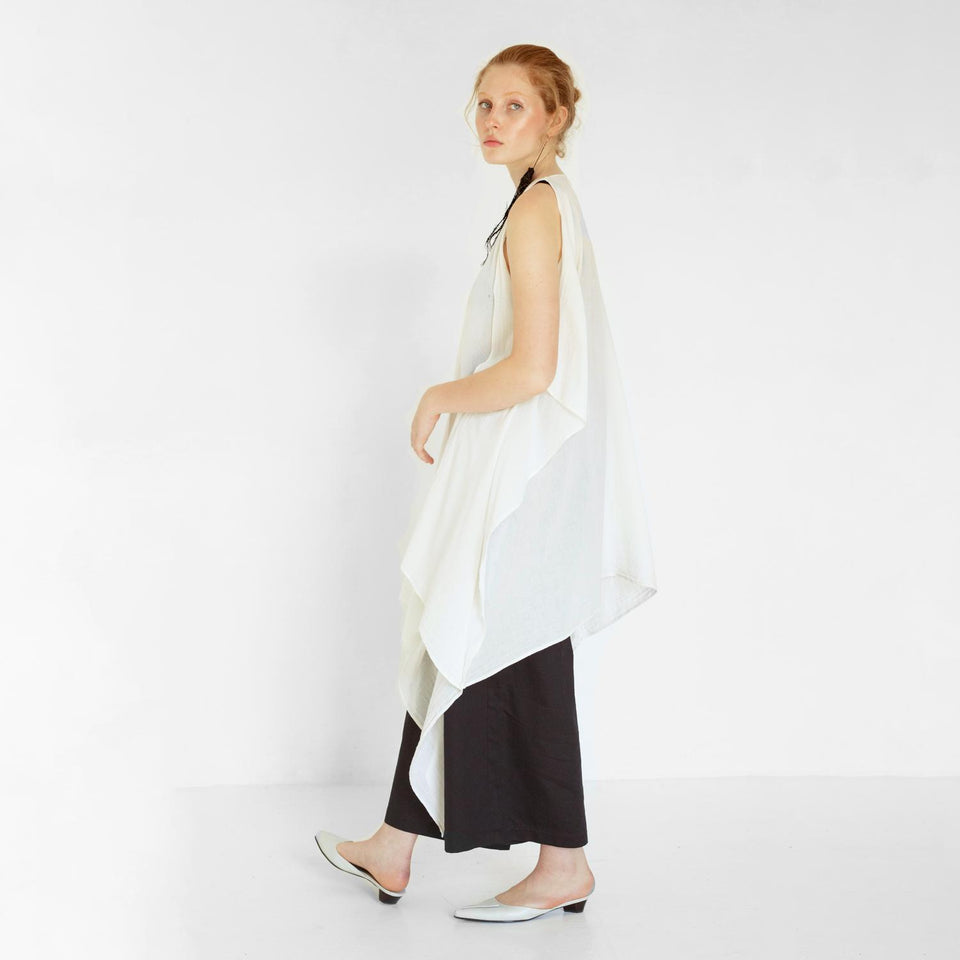 straight organic cotton pants by Natascha von Hirschhausen fashion design made in Berlin