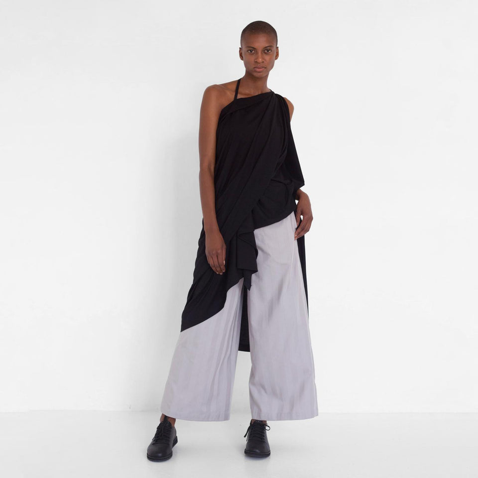 straight striped pants by Natascha von Hirschhausen fashion design made in Berlin