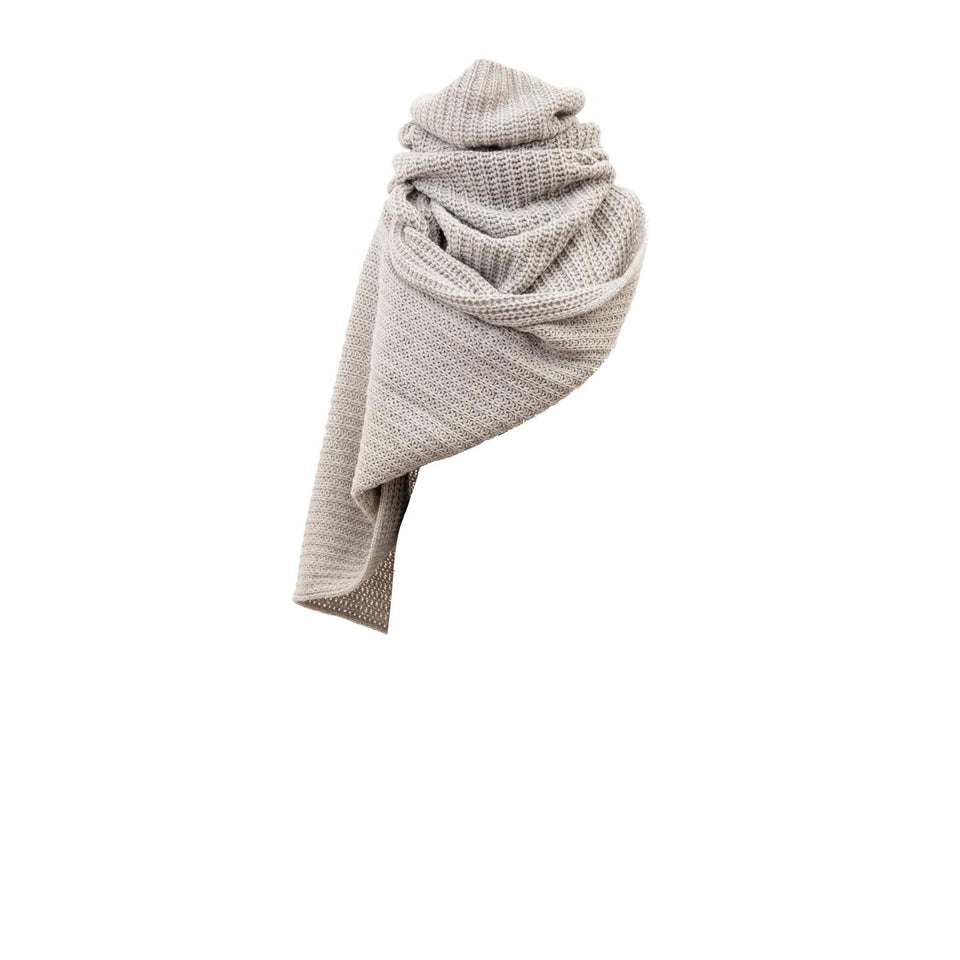 simple tube scarf made of cashmere by Natascha von Hirschhausen fashion design made in Berlin