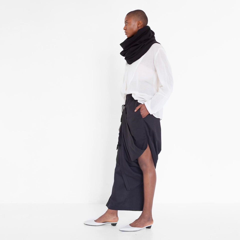 draped pants made of organic cotton by Natascha von Hirschhausen fashion design made in Berlin