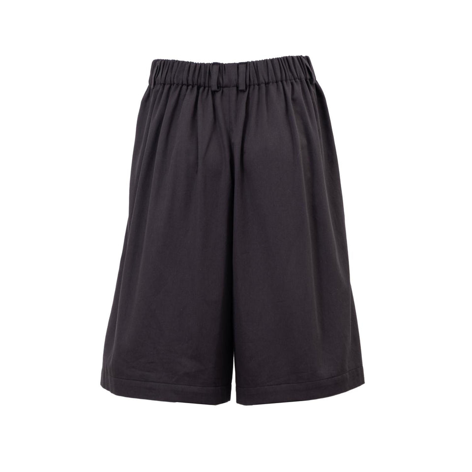 shorts made of organic cotton by Natascha von Hirschhausen fashion design made in Berlin