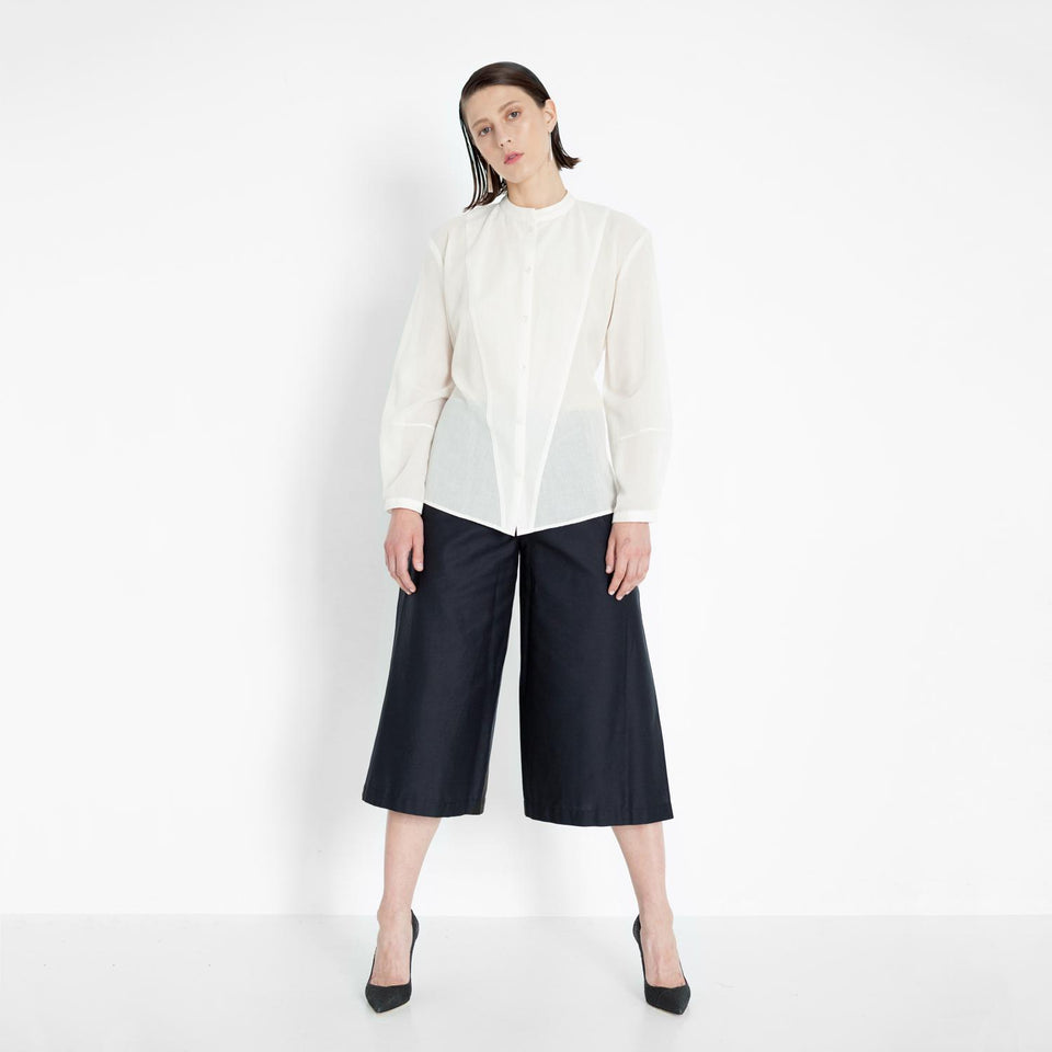 wrap pants made of organic cotton by Natascha von Hirschhausen fashion design made in Berlin