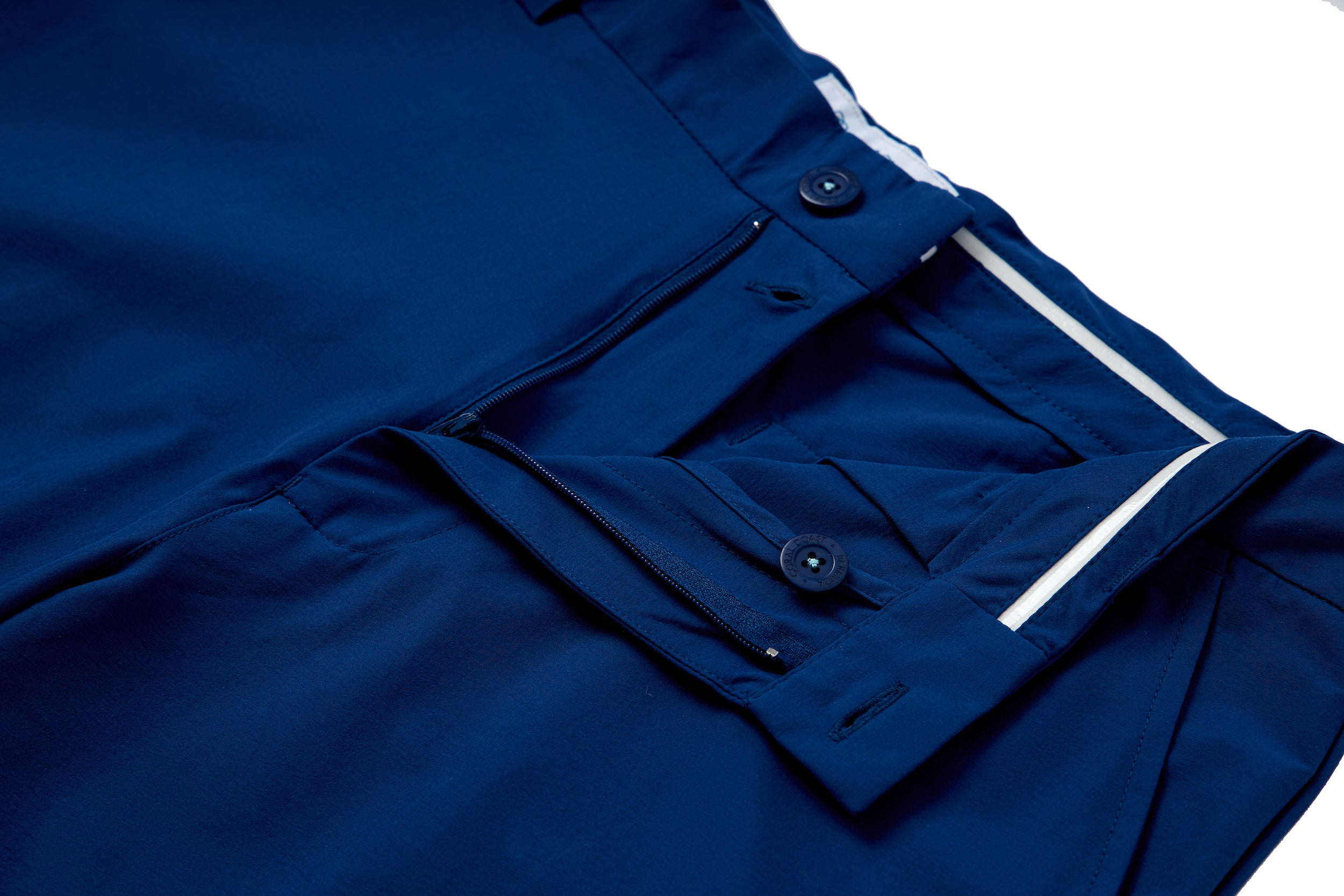 NAVY PERFORMANCE SHORT