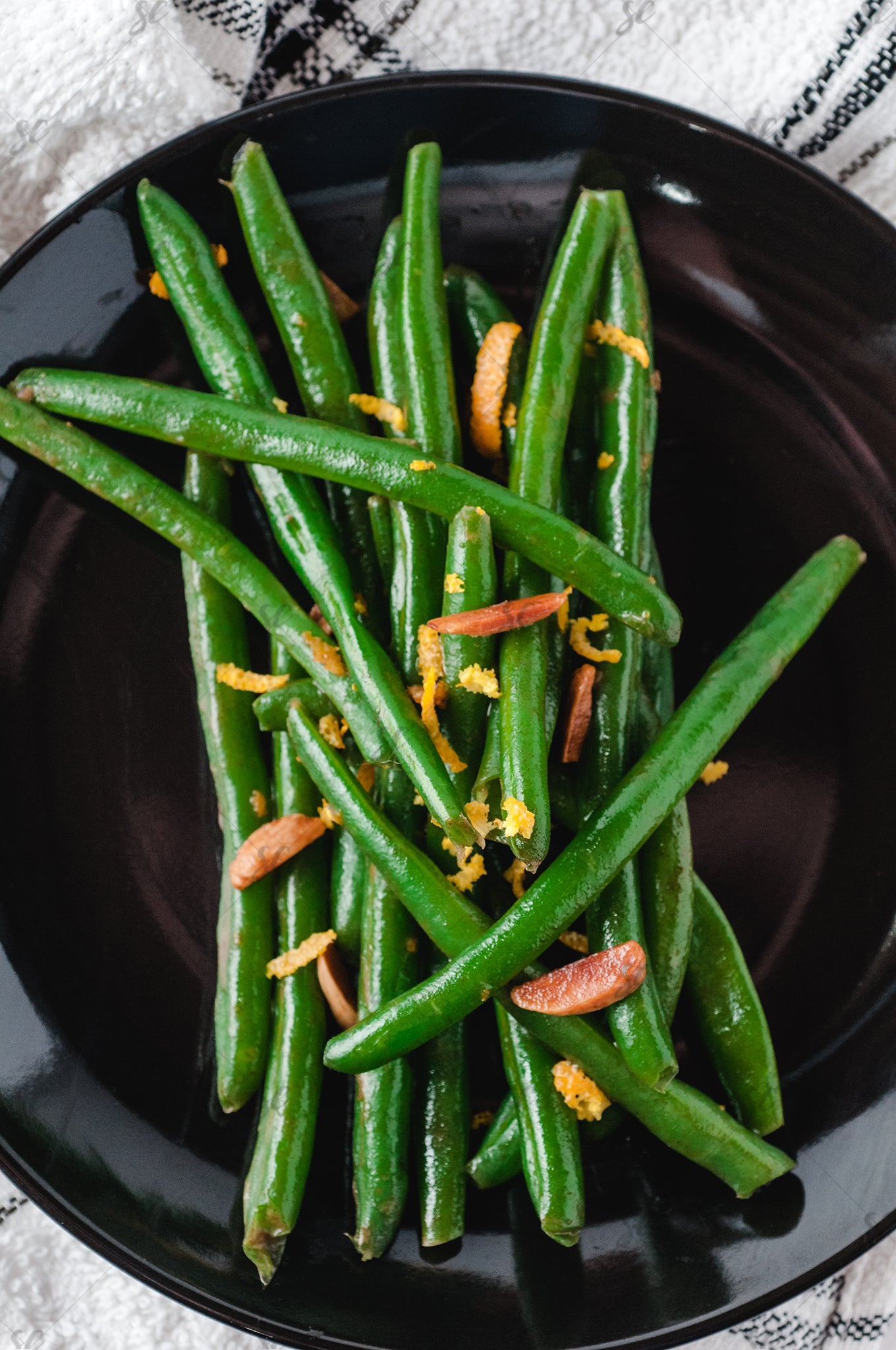 Buttery Green Beans with Orange & Almonds - SET 3/4