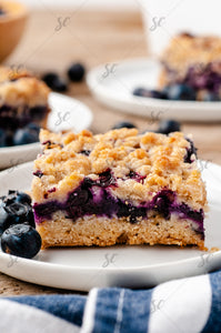 Blueberry Crumble Squares - EXCLUSIVE