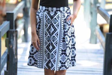 Sirung Skirt - Black & White