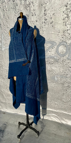 Open front  long tunic style outer wear. Wear blue . One size