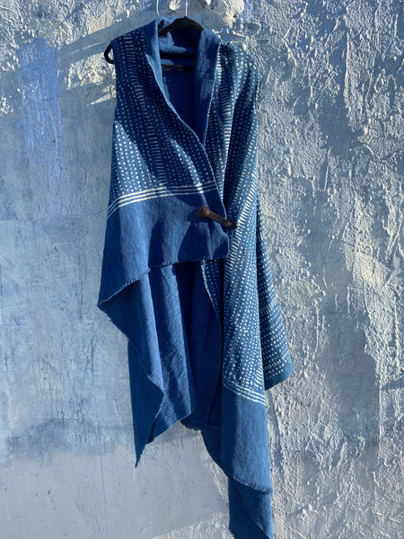 Effortless One size indigo convertible layering Tunic.