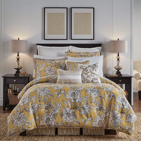 Kassandra Bedding Collection