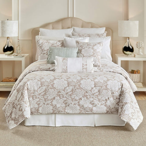 Nellie Bedding Collection
