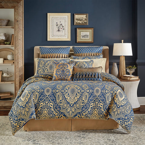 Allyce Bedding Collection