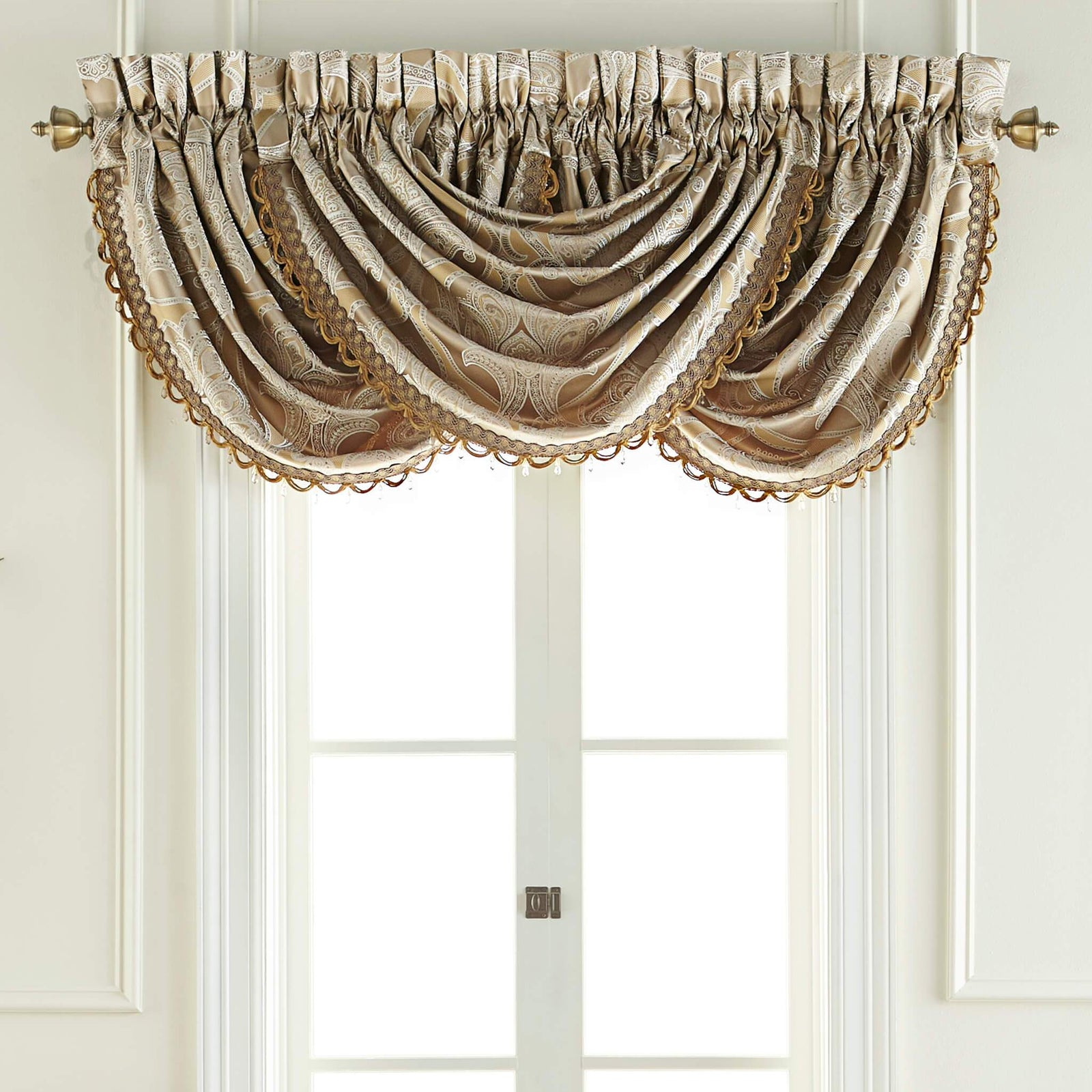 Alexander 48 5 X 33 Waterfall Swag Valance Shop Croscill