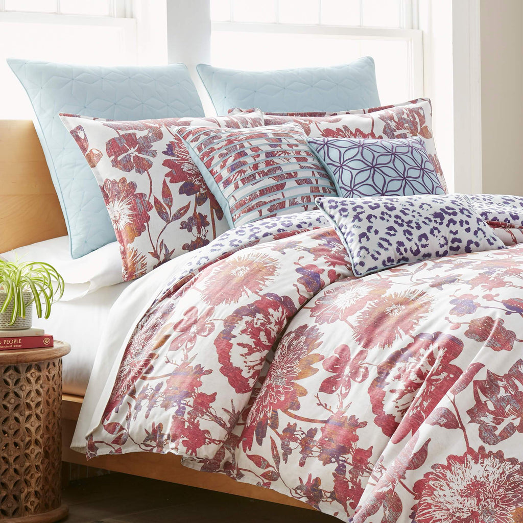 Angelina Comforter Set Closeup