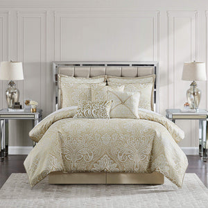Helena Bedding Collection