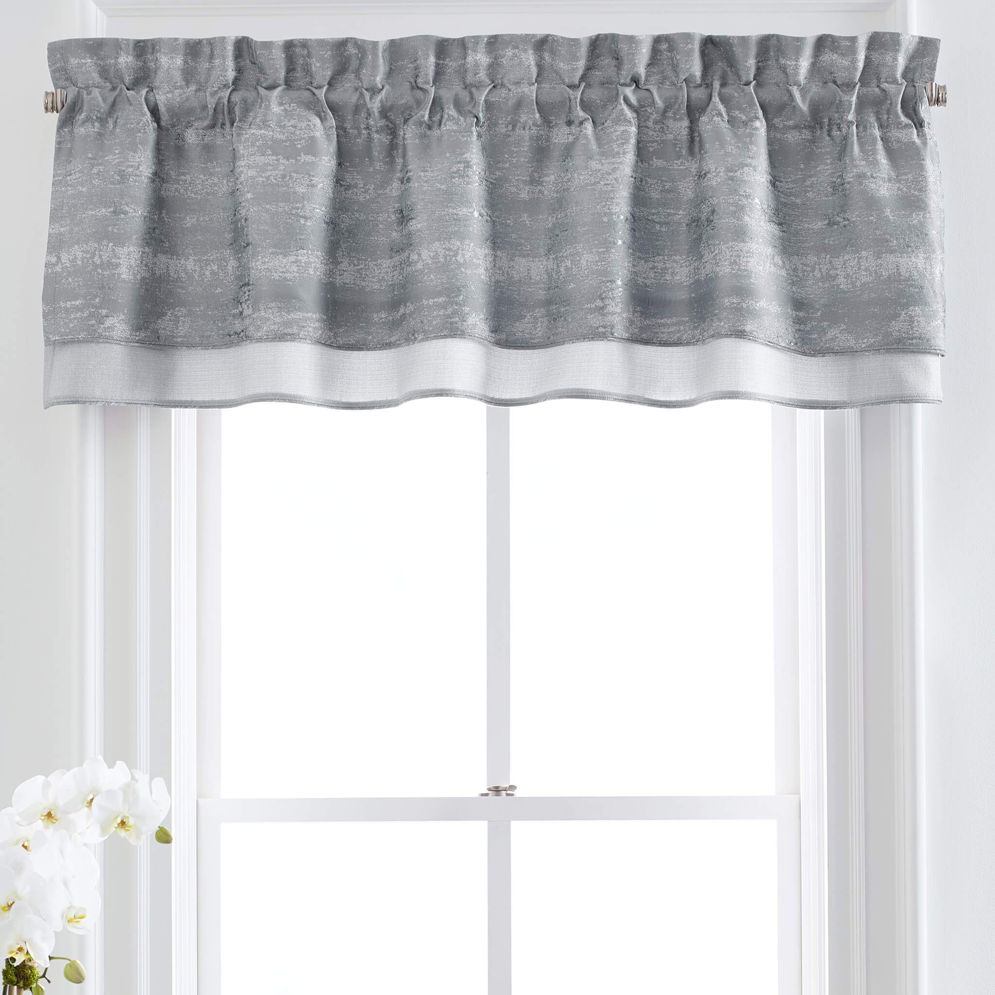Nova Double Layered Valance