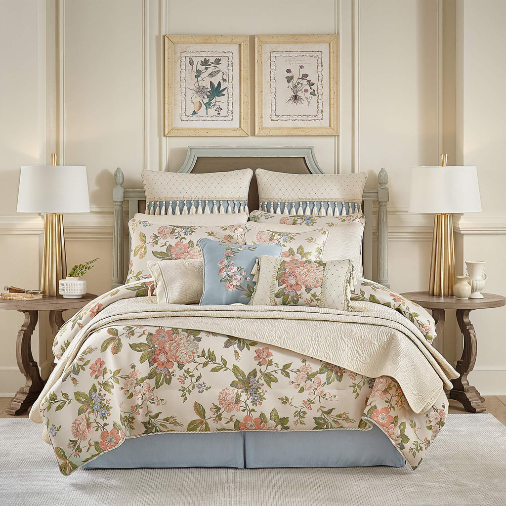 Carlotta_Bedding_Bundle_Front