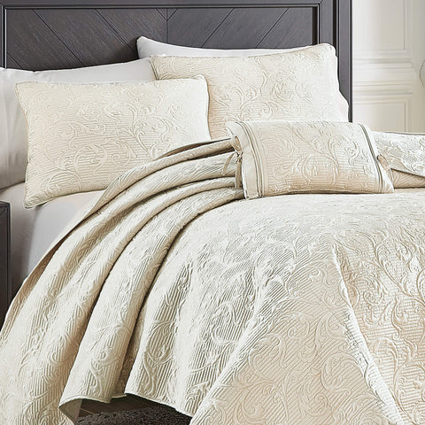 Cosette Ivory Quilt Collection