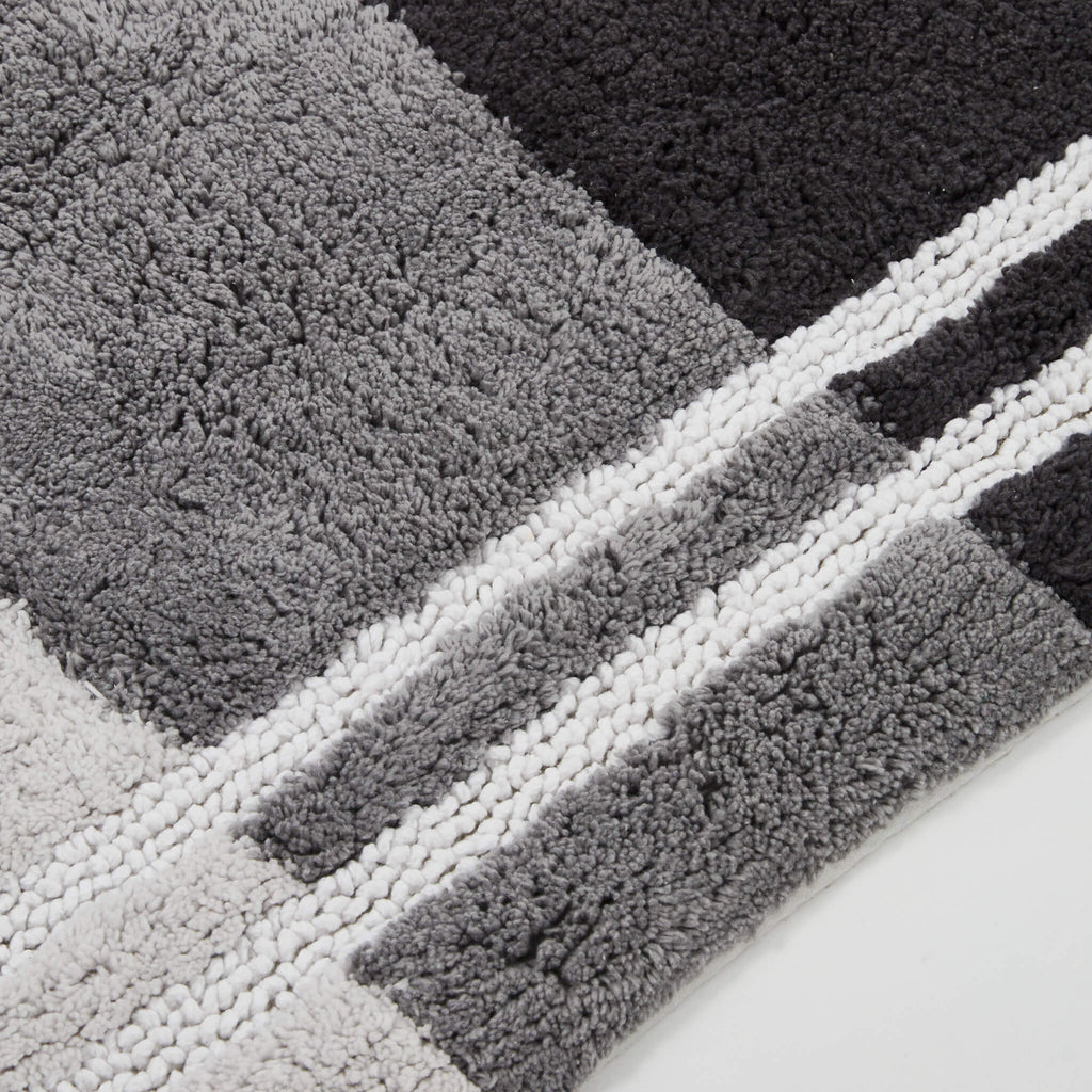 Fairfax Black Bath Rug