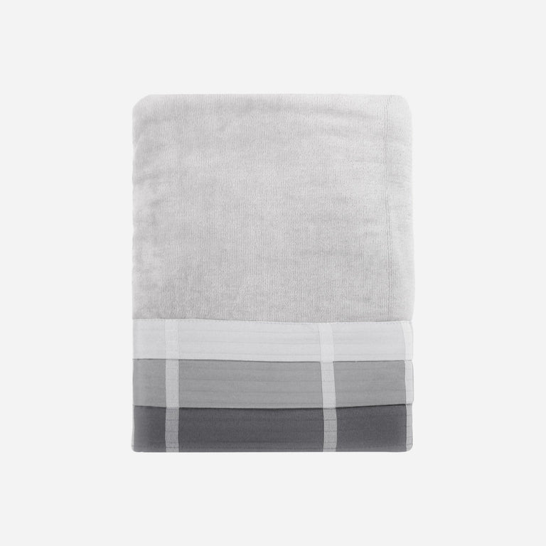 Fairfax Black Bath Towel