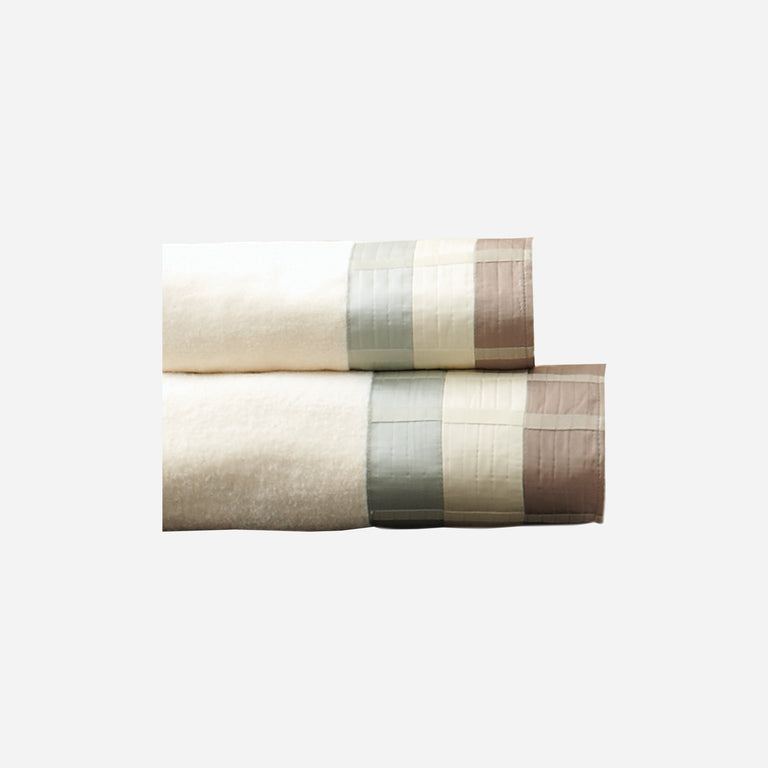Fairfax Taupe Bath Towel