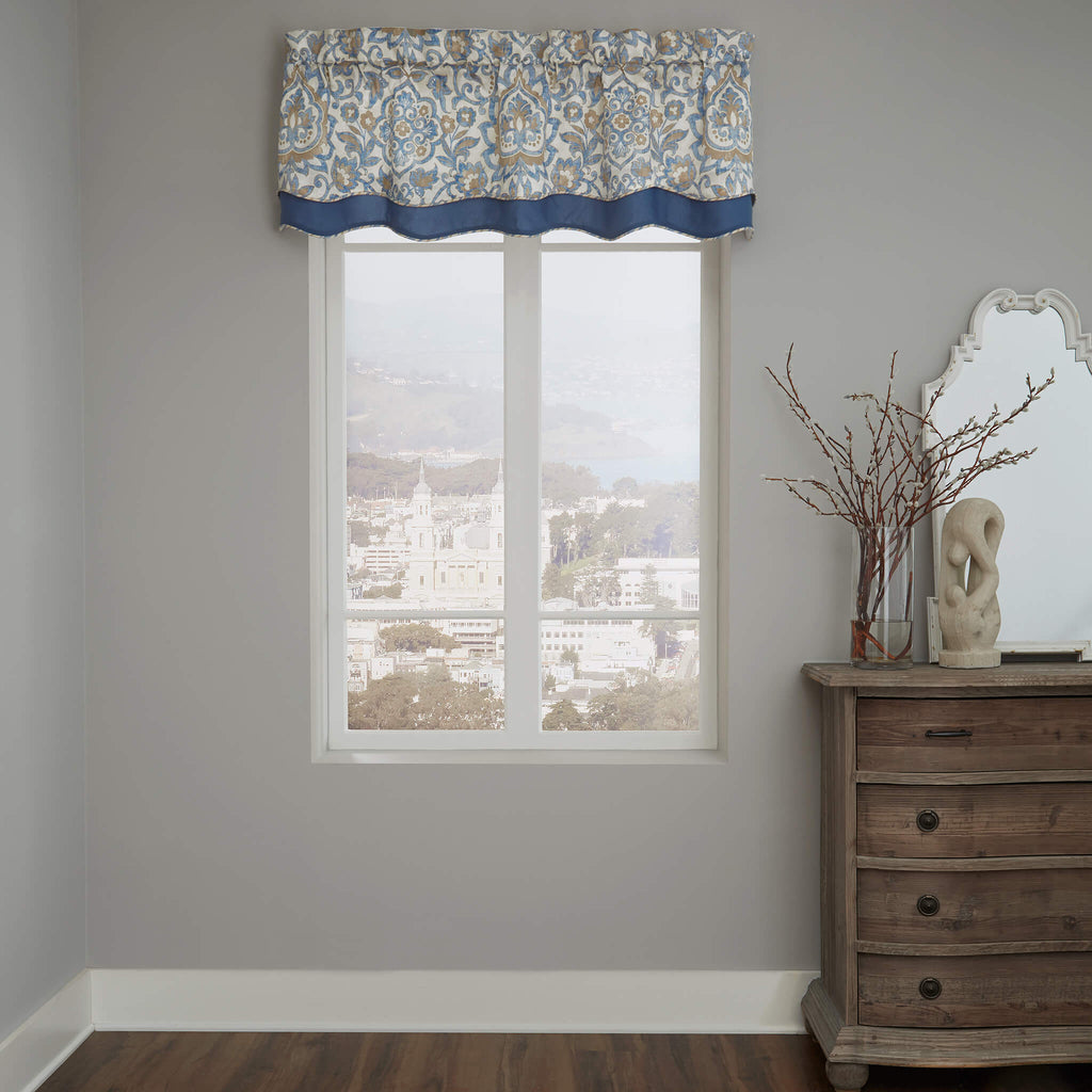 Janine Scalloped Double Layer Valance