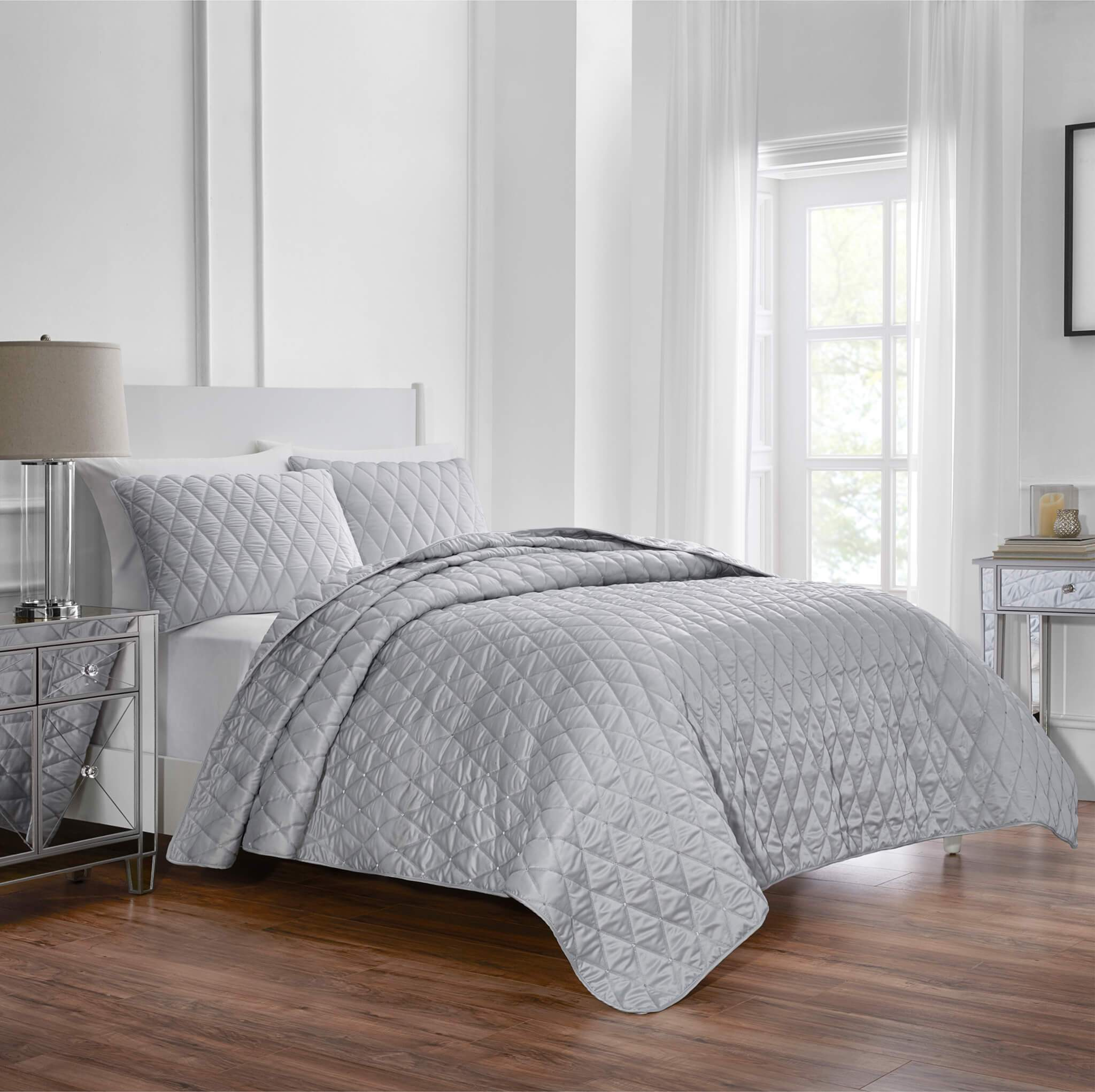 Keyla Grey 3-Piece Quilt Set