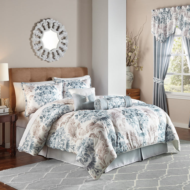 Kinsley Comforter Set