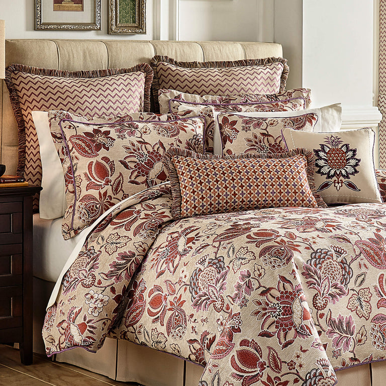 Lauryn Comforter Set