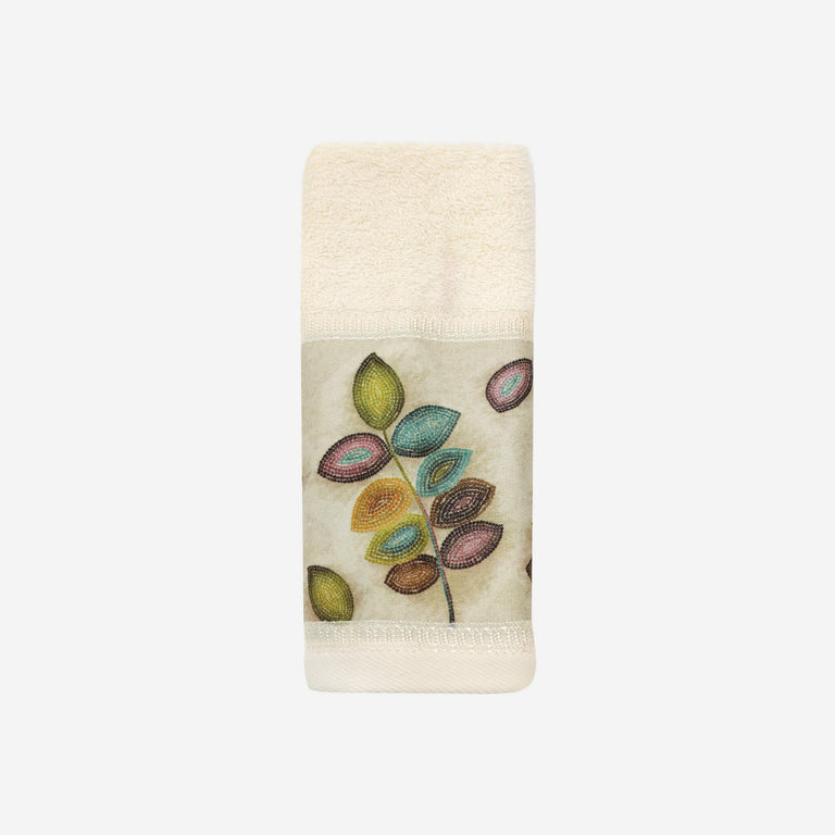 Mosaic Leaves Fingertip Towel