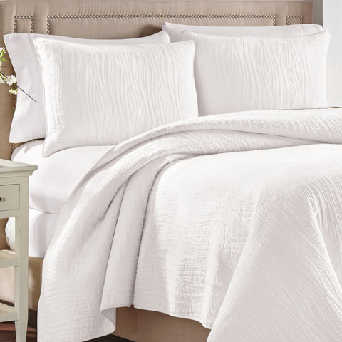Heatherly White Quilt Collection
