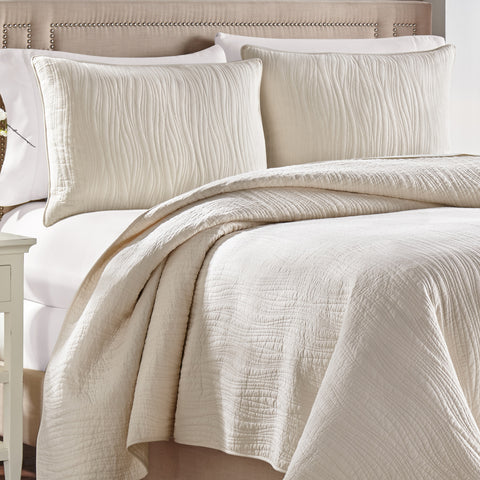Heatherly Ivory Quilt Collection