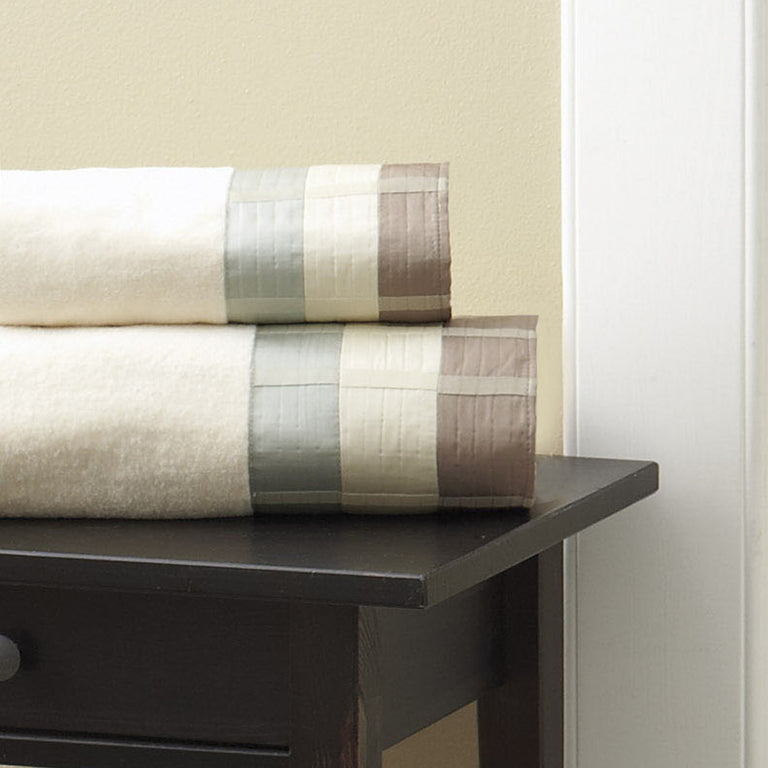 Fairfax_Taupe_Towel_Bundle