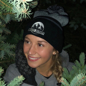 Jagged Journey Pom Toque