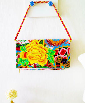 Clutch Bag, Shoulder strap clutch, 2-way bag ,Detachable strap, Party clutch, Yellow flower, Embroidery bag, Chain strap bag, toanoi