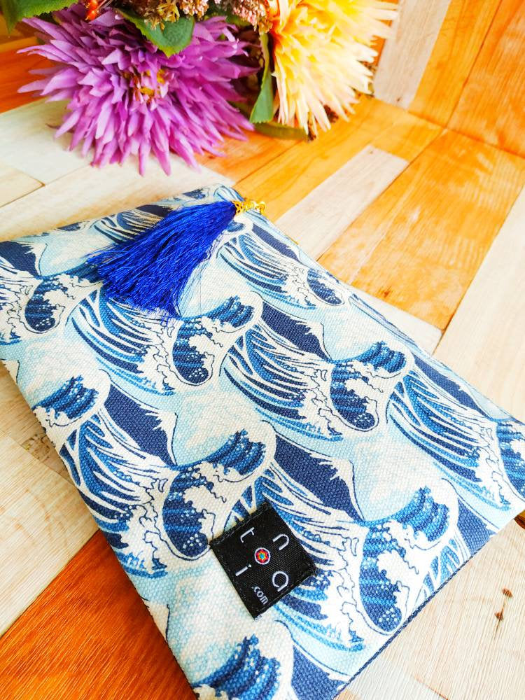 Canvas Pouch, Pouch with zipper, Handbag insert, Handbag organizer, Pouch wallet, Cosmetic pouch, Square pouch, Japanese design, Mt Fuji