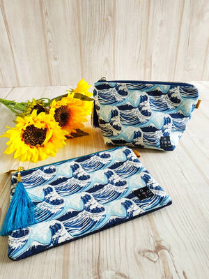 Canvas pouch, Gusseted pouch, makeup pouch, cosmetic purse, Zipper porch, travel pouch, Canvas makeup Pouch, Small pouch, Mt.Fuji - Hokusai