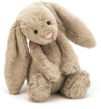 Laden Sie das Bild in den Galerie-Viewer, Bashful Bunny