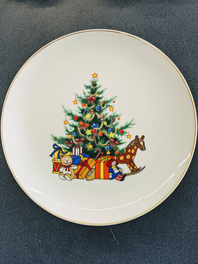 "Papel Christmas 8"" Plates set of 6"